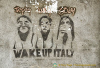 Wake Up Italy - Venice graffiti!