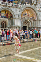 The scene in front of Basilica San Marco