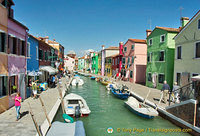 Colourful buildings along Burano's Grand Canal