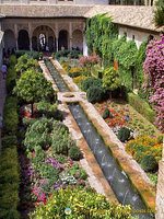 Palace of the Generalife: Patio de la Acequia