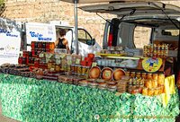 At the Montserrat market stalls you can buy local cottage cheese, honey, fig cakes and much more