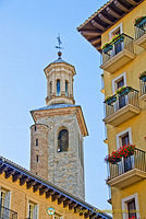 Tower of Iglesia de San Cernin or San Saturnino