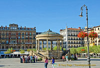 The bandstand on Plaza del Castillo