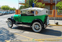 Vintage car spotted in Peñíscola