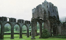 The handsome ruins of Llanthony Abbey