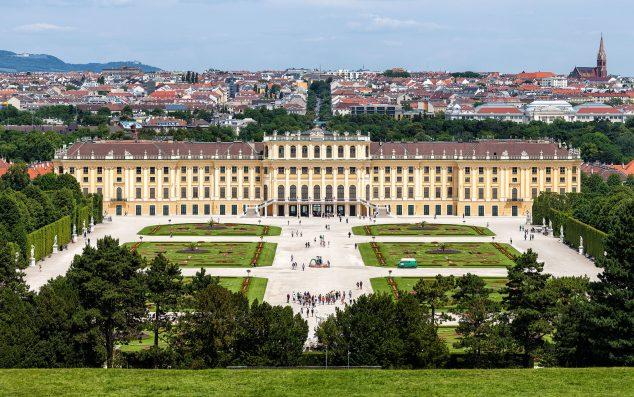 Schönbrunn Palace , Vienna © Thomas Wolf, www.foto-tw.de