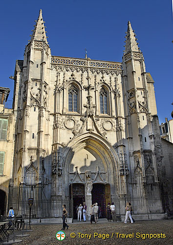 Eglise St Pierre Avignon  Church of St Pierre  Avignon ...