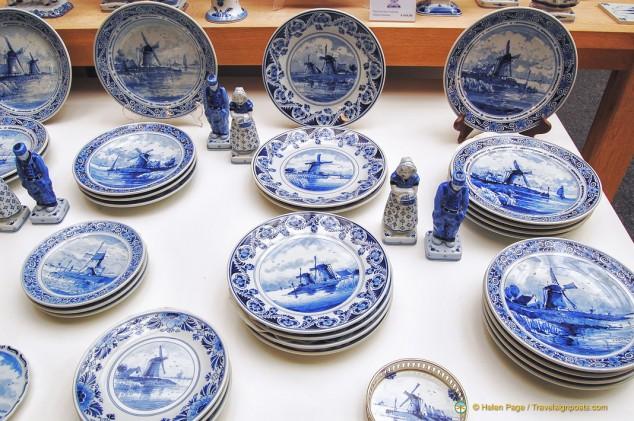 Delft tableware