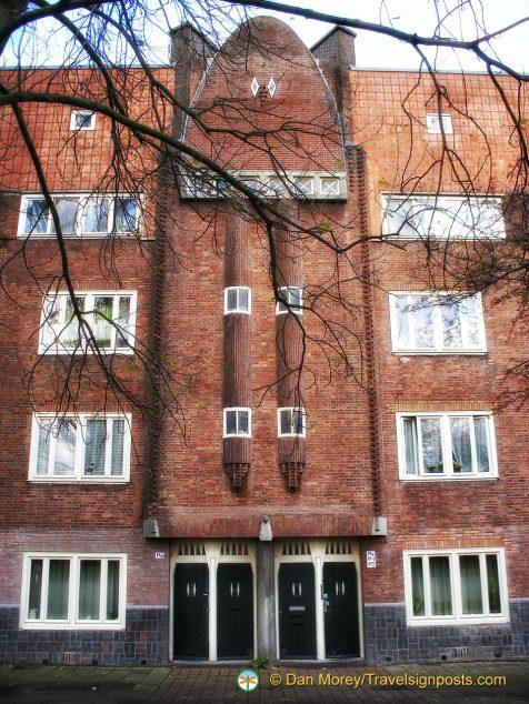 Another Michel de Klerk apartment block, off Spaarndammerplantsoen