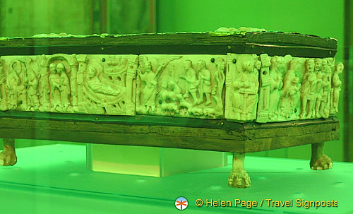 Swanhilde's portable altar - 11th century