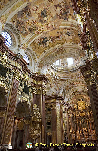 The meaning of the Melk Abbey Church can be seen in the inscription on its high altar