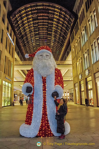A welcoming Giant Santa