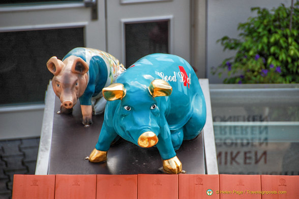 Nördlingen pigs for good luck