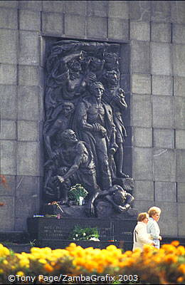 Ghetto Heroes' Monument