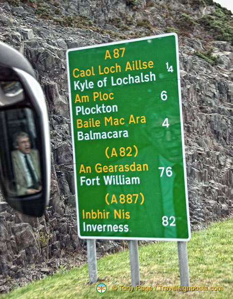 Signpost to the Kyle of Lochalsh