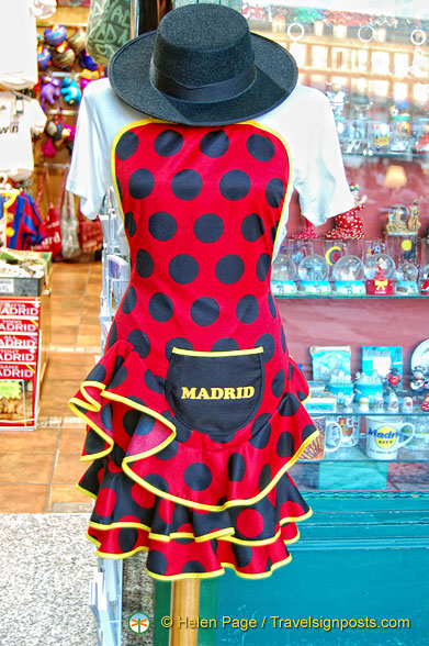 Pretty Madrid apron in a giftshop on Plaza Mayor