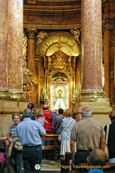 Basilica del Pilar:  The Holy Chapel is the most visited area of the Basilica