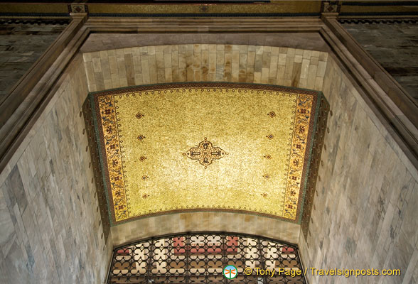 Gold coloured tomb ceiling