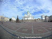 A fish-eye view of Tuomiokirko above the Senate Square