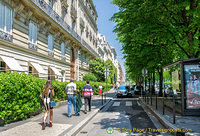 Avenue Montaigne, la grande dame of French streets