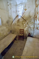 Privileged prisoners could pay for these 'chambre a la pistole' which are more comfortable.