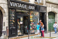 Vintage Bar at 16 rue de la Verrerie, 75004 has vintage designer labels