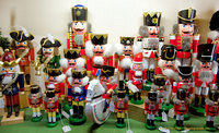 King nutcrackers of various sizes