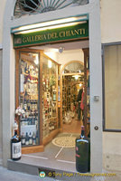 Galleria del Chianti - a wine merchant on Via del Corso
