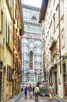 Side street of Piazza Duomo