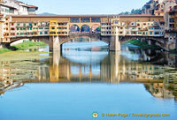 Ponte Vecchio casts nice reflections in the Arno