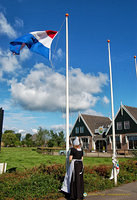 Raising the Dutch flag at Jacobs Hoeve